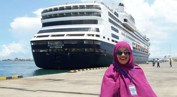 articlehollandamerica1