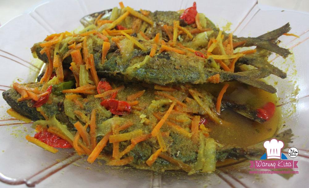 Ikan Kembung Masak Acar Kuning